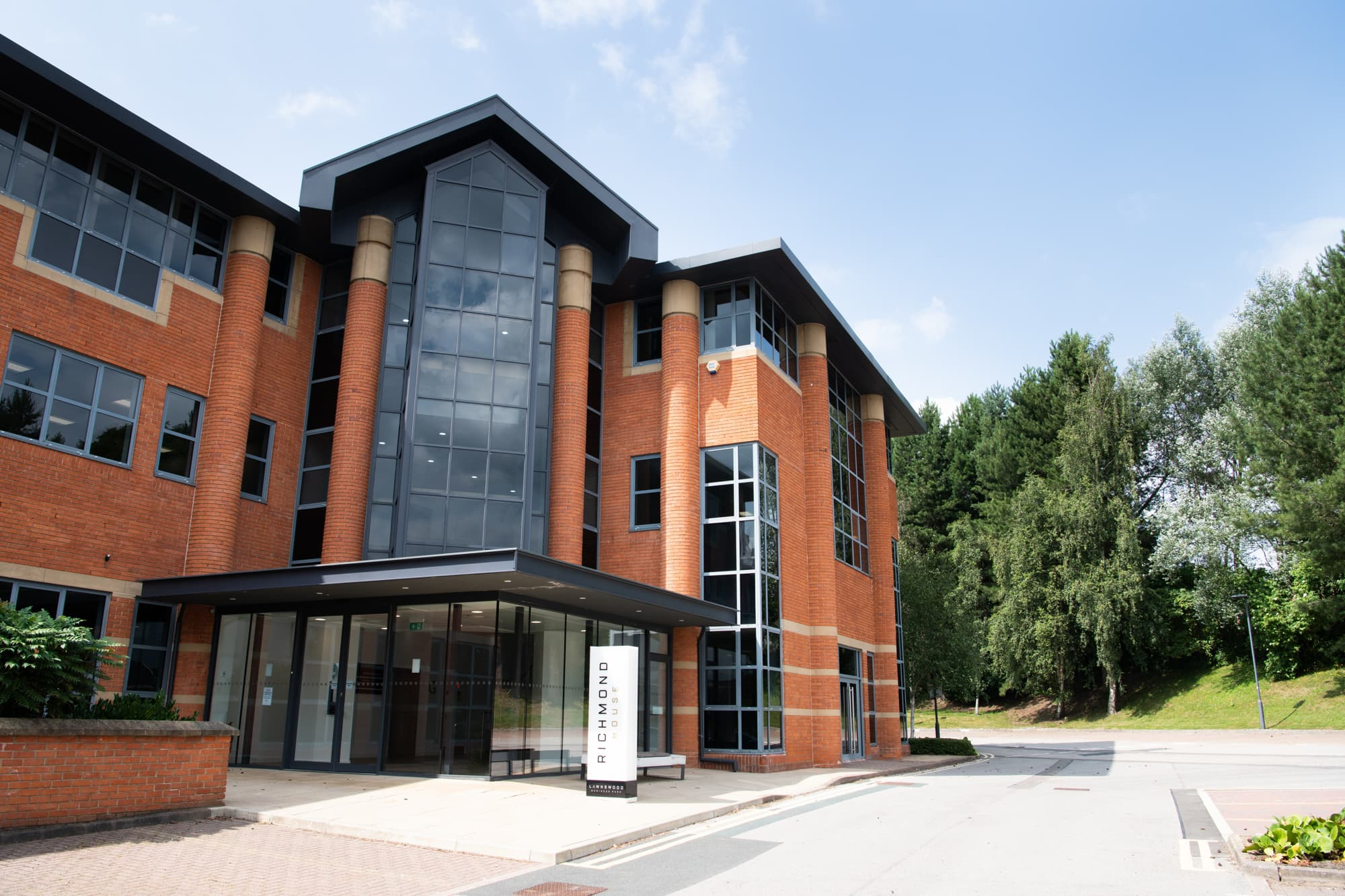 commercial properties in leeds richmond house